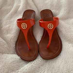 Leather and wood Tory Burch orange sandals